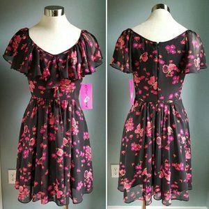 *NEW* Betsey Johnson Flutter Sleeve Floral Dress 2
